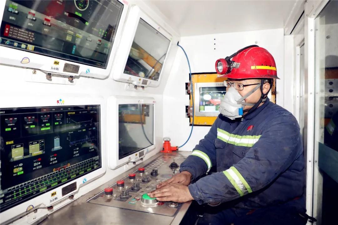同煤集团同忻矿井下智能化工作面用上5G网